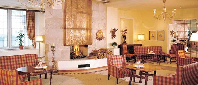 austria_olympia_skiWorld_axems&gotzens_Igls_Sporthotel Igls_lounge.jpg
